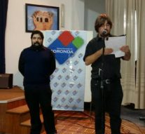 "Coronda: Roberto Hereñu presentó su obra literaria:"" Reconquista del Green Rock"""
