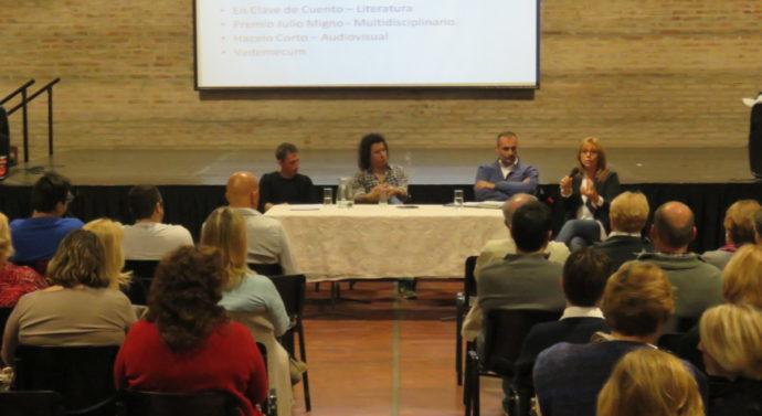 """En el """"Encuentro con Hacedores de Cultura"""" se presentó al Ente Cultural Santafesino"""