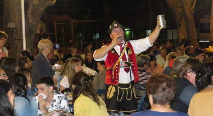 """Gálvez: Más de 1.500 personas en la """"2ª Fiesta de la Cerveza Artesanal"""""""