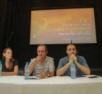 """Se presentó la 29º edición del Festival Folclórico """"Luna y Cuerdas"""""""