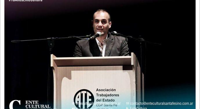 """Diez años """"sumando voluntades"""" por el Prof. Javier Donetti"""