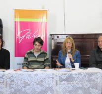 """Presentaron en Gálvez el libro """"La Invisible"""", ganador del Concurso """"De Pedroni a Pavese"""""""