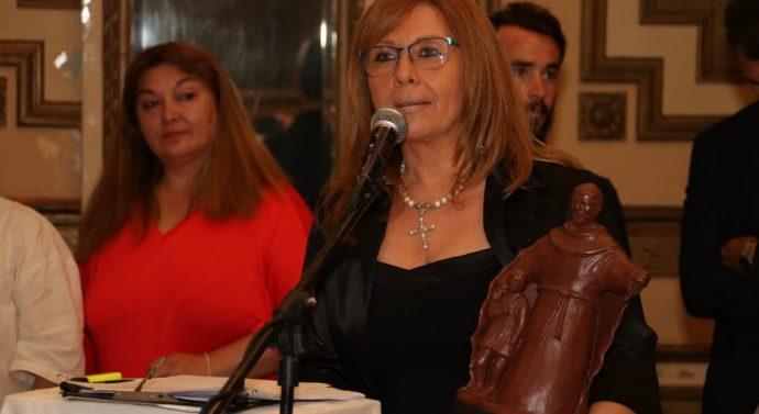 Claudia Giaccone recibió el Premio «Julio Migno 2019»
