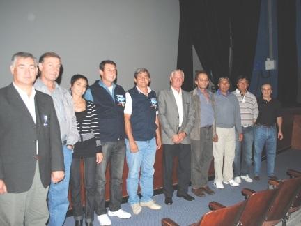 Vigilia en honor a los caídos y veteranos de Malvinas
