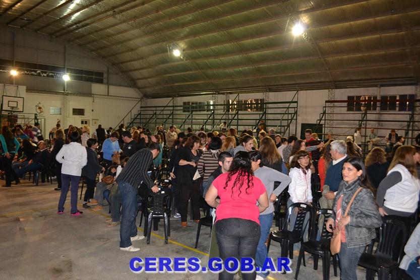 CERES: CULMINÓ CON ÉXITO EL TALLER DE ESCUELA PARA PADRES