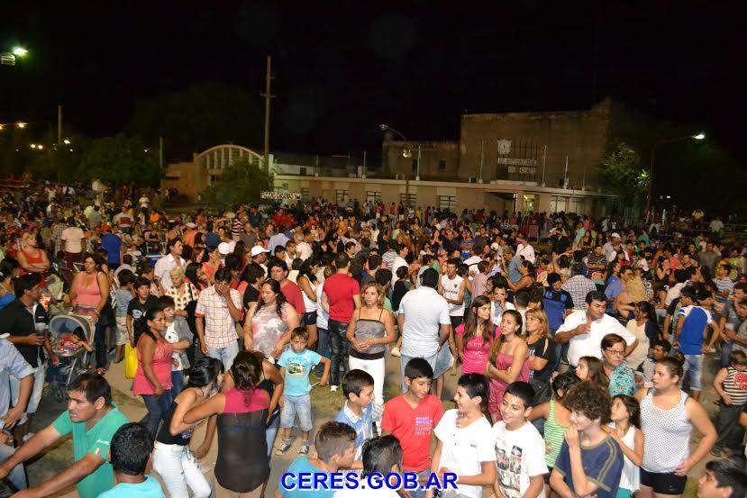 """Espectaculares """"Carnavales 2015"""" en Ceres"""