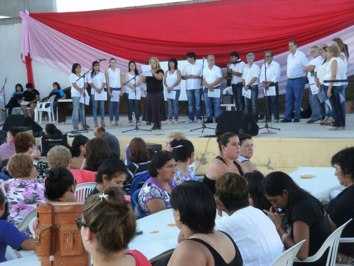 Emotivo Festejo del «Día de la Mujer» en San Guillermo