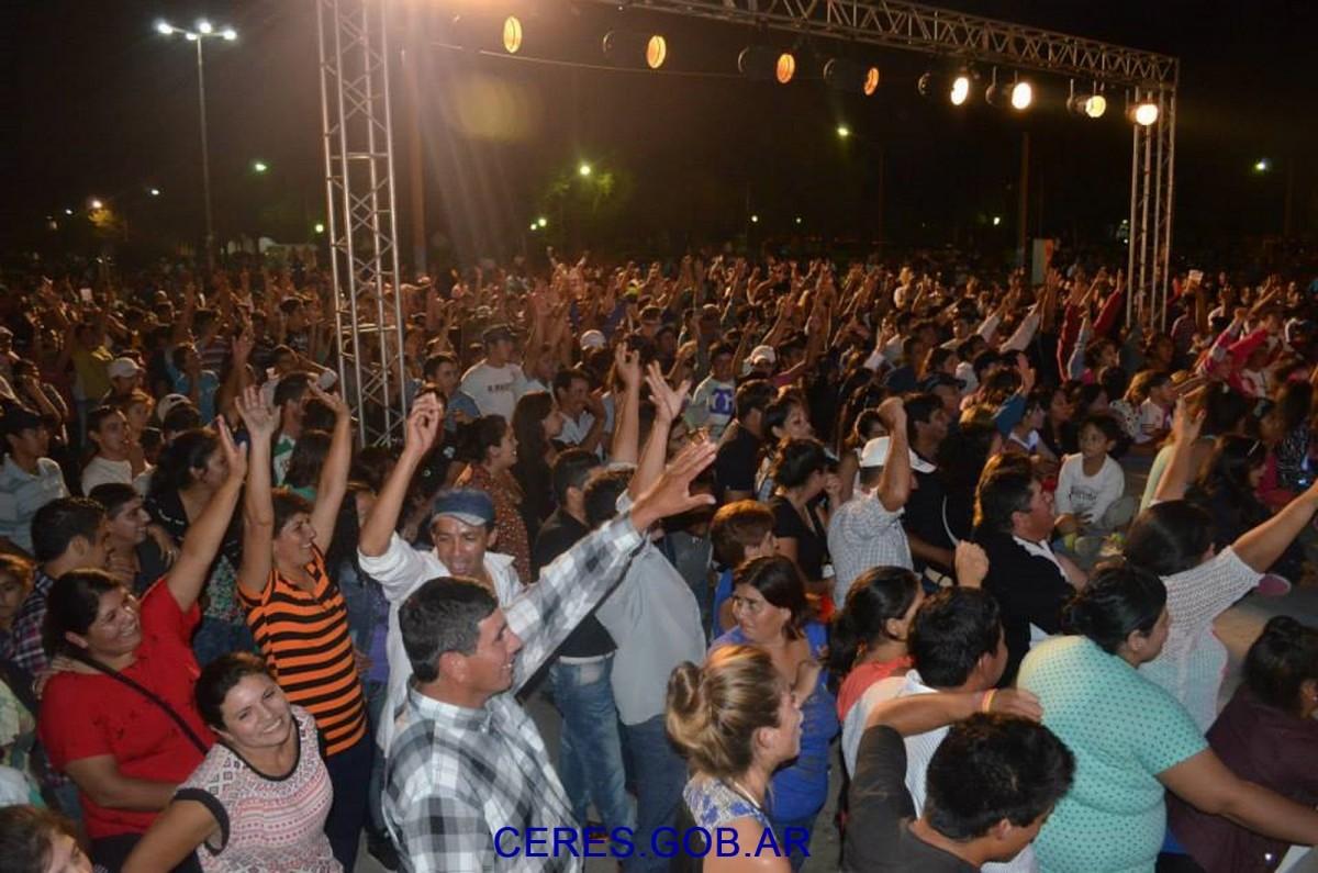 """Multitudinaria concurrencia  en la """"1M Fiesta Campera del Trabajador"""""""