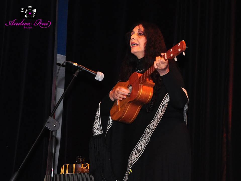 Marcela Sabio se presentó a sala llena en Suardi
