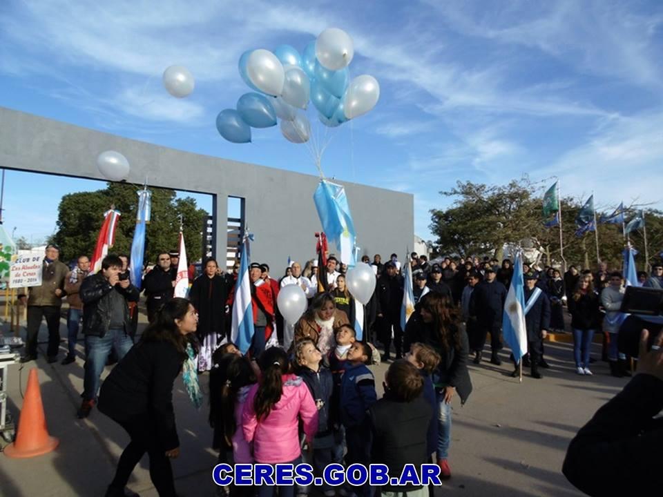 Emotivo Acto por el Día de la Bandera en Ceres