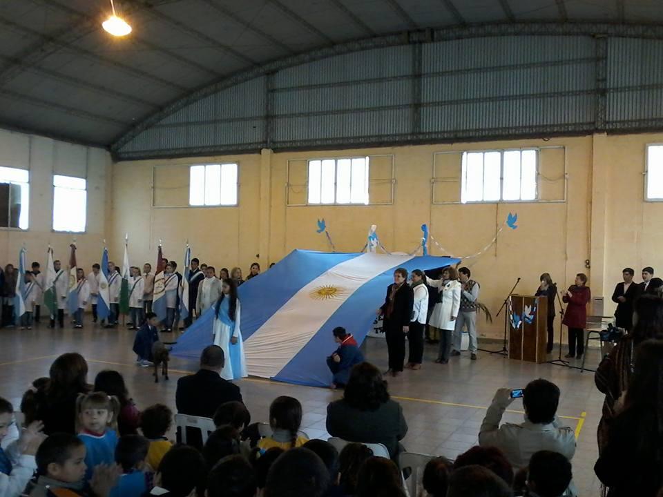 Arrufó tuvo su festejo por el 199° Aniversario de la Independencia.