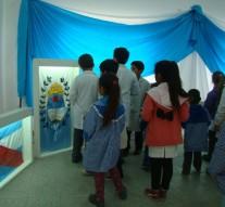 """""""Las Banderas de Belgrano"""" visitan la comunidad de Monte Oscuridad"""