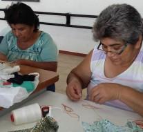 San Guillermo: El Taller de Manualidades expone sus trabajos
