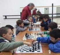 """San Guillermo: El """"Taller de Ajedrez"""" para niños ya está en marcha"""