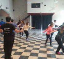 """Bailarines de la Usina Cultural V ensayaron la Obra """"Salve Argentina"""""""