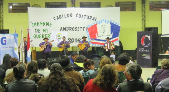 El Cabildo Cultural Santafesino abrazó al Chamame en la noche de Ambrosetti