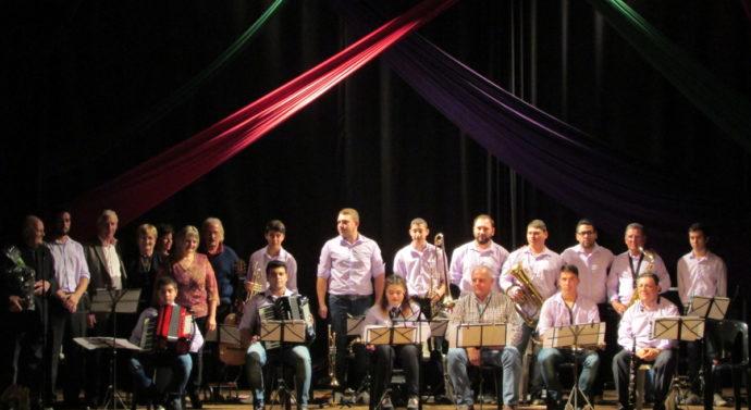 Suardi: La Banda Orquesta Comunal celebró sus 15 años