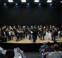 """La Orquesta """"Nuevos Aires"""" hizo vibrar la Sala Cultural de San Guillermo"""