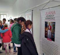 """San Guillermo disfruta de la Muestra """"Ellas y la lucha por sus derechos"""""""