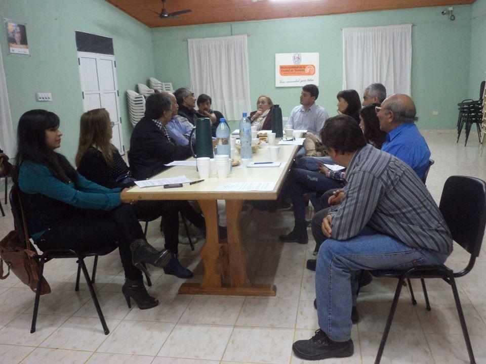 """Reunión con Escritores de Tostado sobre el libro """"De Pueblo en Pueblo"""""""