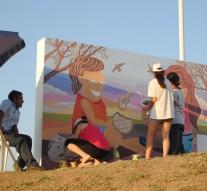 """Se pintó el primer """"Faro del campo"""" en Gato Colorado"""