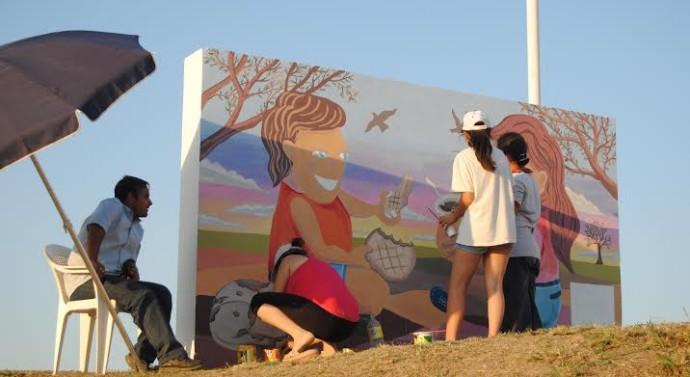 Se pintó el primer «Faro del campo» en Gato Colorado