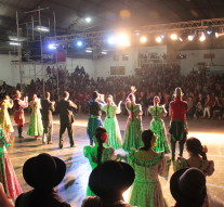 En Tostado el «Ballet Folclórico Nacional» celebró su 25 aniversario