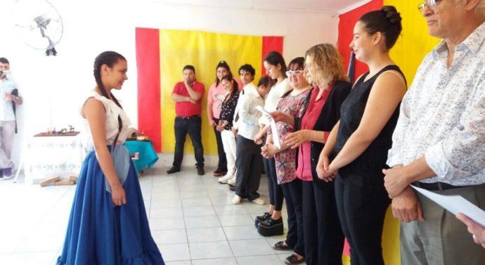 """Examenes de las Escuelas """"DanzArte"""" y """"Sueños de mi Patria"""" en Gato Colorado"""