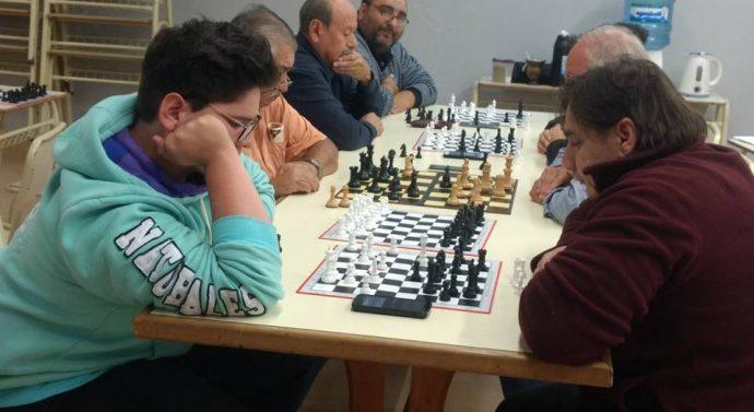 """En Tostado se desarrolló el """"1º Torneo libre de Ajedrez""""."""