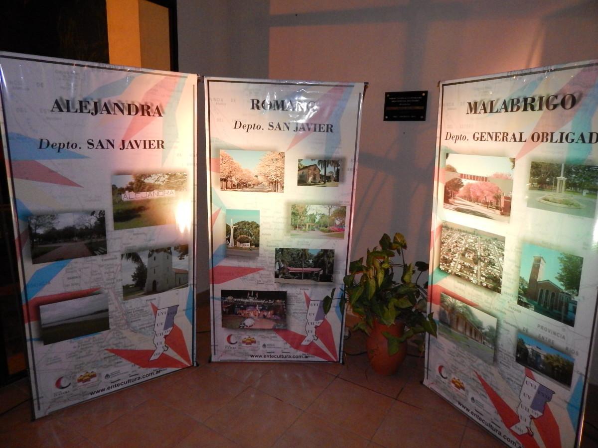 """La Muestra """"Imágenes de mi Pueblo"""" finaliza su visita en Romang"""