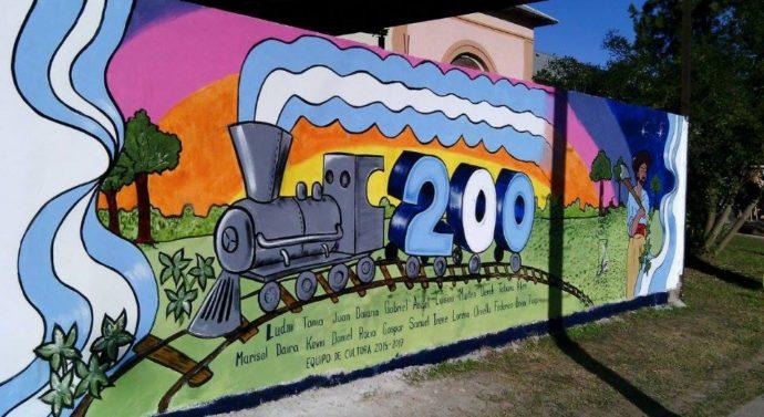 """Todo el pueblo de Tartagal pintó su """"Faro de Campo"""""""