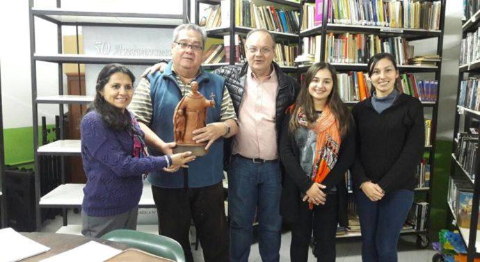 """La Biblioteca Popular José Estrada recibió al Premio Provincial """"Julio Migno"""""""