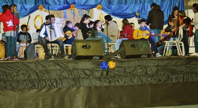 """La """"Orquesta Infanto Juvenil de Malabrigo"""" inició su gira musical en Las Garzas"""