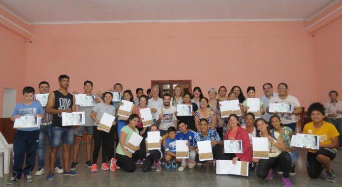 Con una excelente convocatoria regional se desarrolló el Taller de Malambo en Alejandra