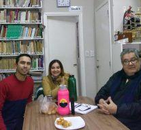 El Director de la Usina VII visitó la Biblioteca José Estrada de Las Toscas